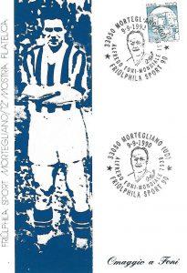 Cartolina emessa il giorno 9 settembre 1990 in omaggio a Alfredo Foni, calciatore professionista nato a Udine nel 1911 che militò nella Juventus dal 1934 al 1947 vincendo un Campionato Italiano di calcio e la Coppa del mondo con la nazionale in Francia nel 1938.